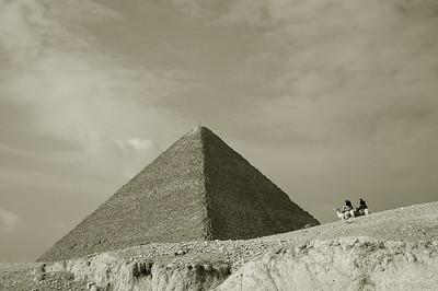 pyramid of khufu and riders